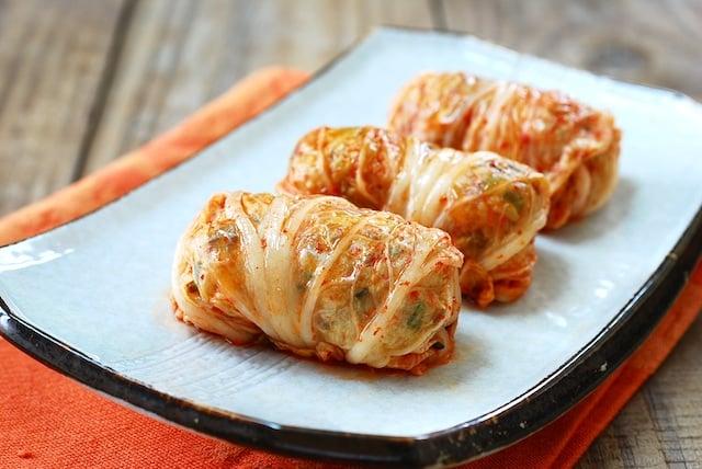 DSC 0016 copy - Kimchi Ssambap (Kimchi Wrapped Rice Rolls)