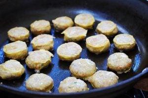 Wanjajeon (Pan-fried Meatballs in Egg Batter)