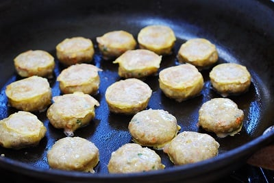 Wanjajeon (Pan-fried Meatballs in Egg Batter)