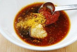 Sauce for spicy stir-fried chicken