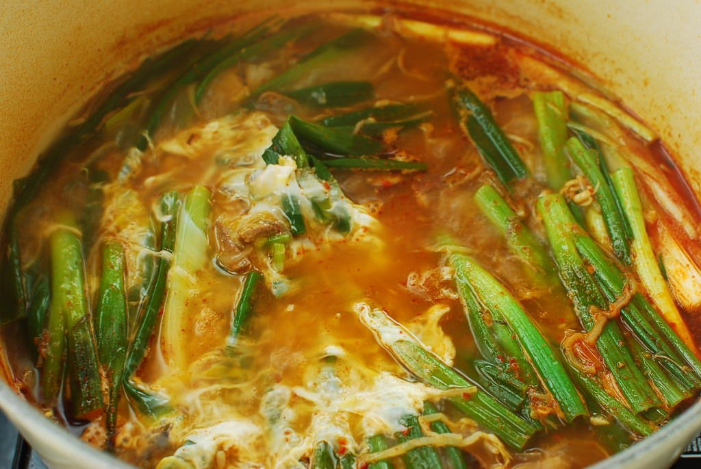 DSC 1424 1024x685 - Yukgaejang (Spicy Beef Soup with Vegetables)