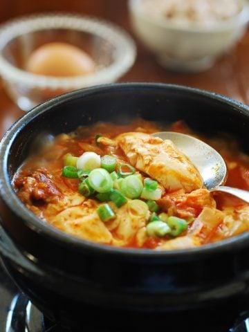 DSC 06281 e1422146518897 360x480 - Kimchi Soondubu Jjigae (Soft Tofu Stew)