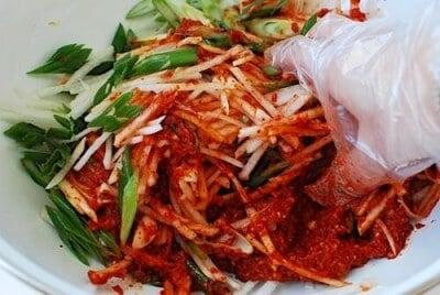 kimch recipe step 6 e1431839864547 - Traditional Kimchi (Napa Cabbage Kimchi)