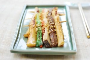 Tteok Sanjeok (Skewered Rice Cake with Beef and Vegetables)