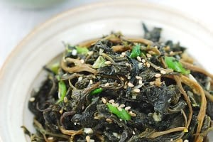 Chwinamul Bokkeum (Stir-fried Aster Scaber)