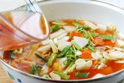 DSC 1094 e1459135238839 - Nabak Kimchi (Water Kimchi)