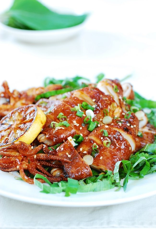 Spicy Grilled Squid (Ojingeo Gui)