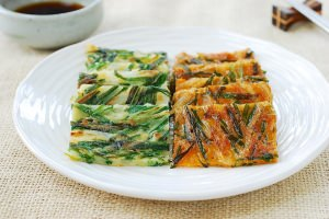 Buchujeon (Korean garlic chive pancakes)