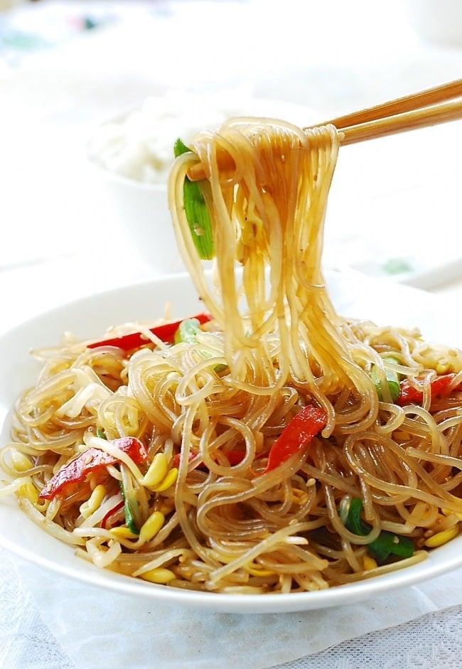 DSC 0413 e1476671705432 - Kongnamul Japchae (Soybean Sprout Japchae)