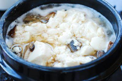 DSC 1825 e1479356045804 - Deulkkae Soondubu Jjigae (Soft Tofu Stew with Perilla Seeds)