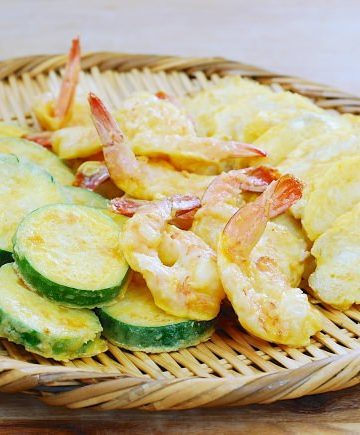 Modeumjeon Modeumjeon (Fish, Shrimp and Zucchini Pan-fried in Egg Batter)