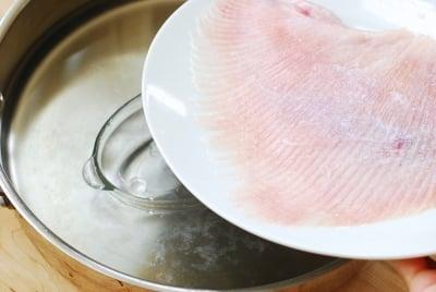 DSC 1808 1 e1486347563638 - Hongeojjim (Steamed Skate Fish)