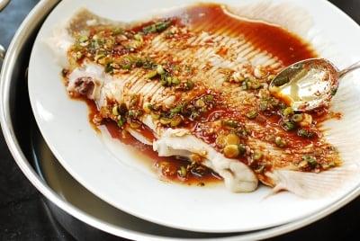 DSC 1821 e1486347590536 - Hongeojjim (Steamed Skate Fish)