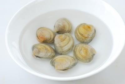 DSC 1788 e1486527093927 - Sigeumchi Doenjang Guk (Spinach Doenjang Soup)