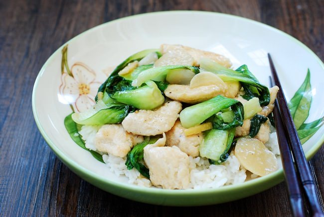 DSC 1940 e1488162077237 - Chicken Stir Fry with Baby Bok Choy