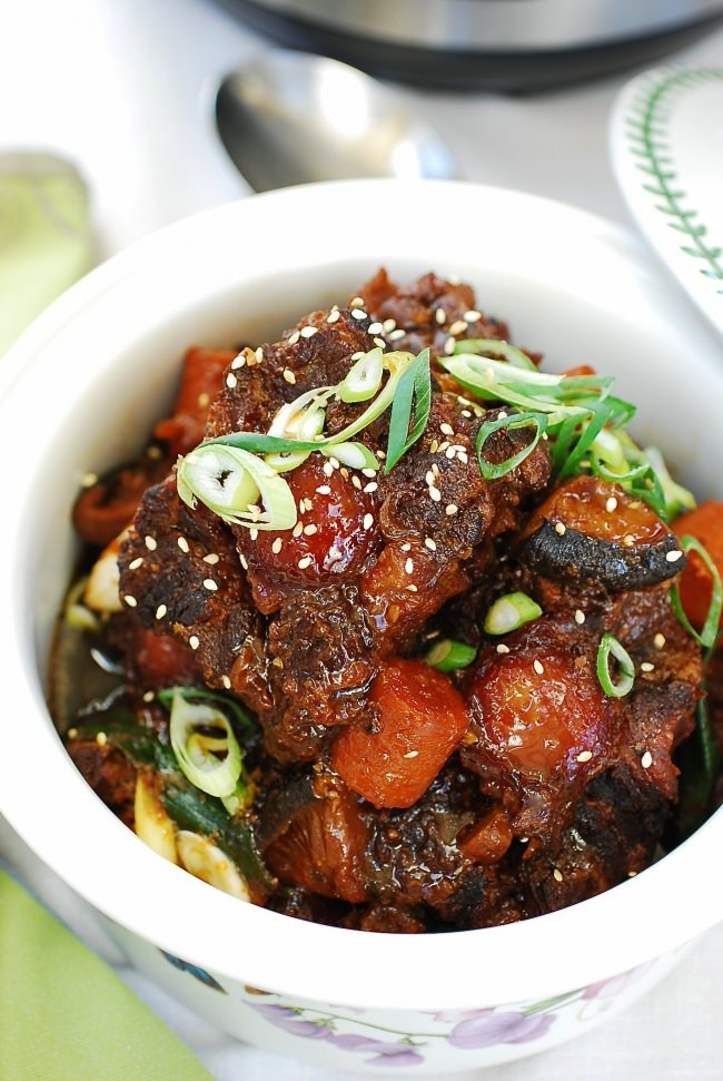 Pressure cooker Korean braised oxtail!