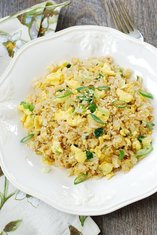 DSC 1903 e1491796795741 - Egg Fried Rice (Gyeran Bokkeumbap)