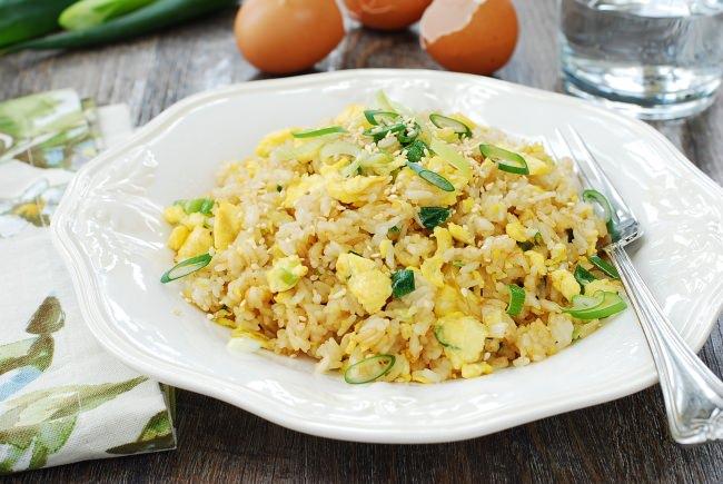 Egg fried rice (Gyeran bokkeumbap)