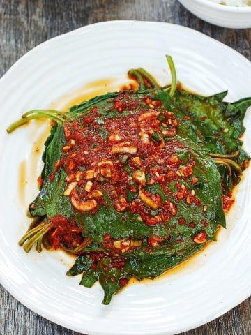 Korean perilla leaf side dish