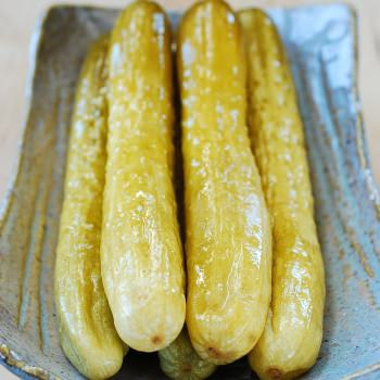 Oiji (Korean Pickled Cucumbers)
