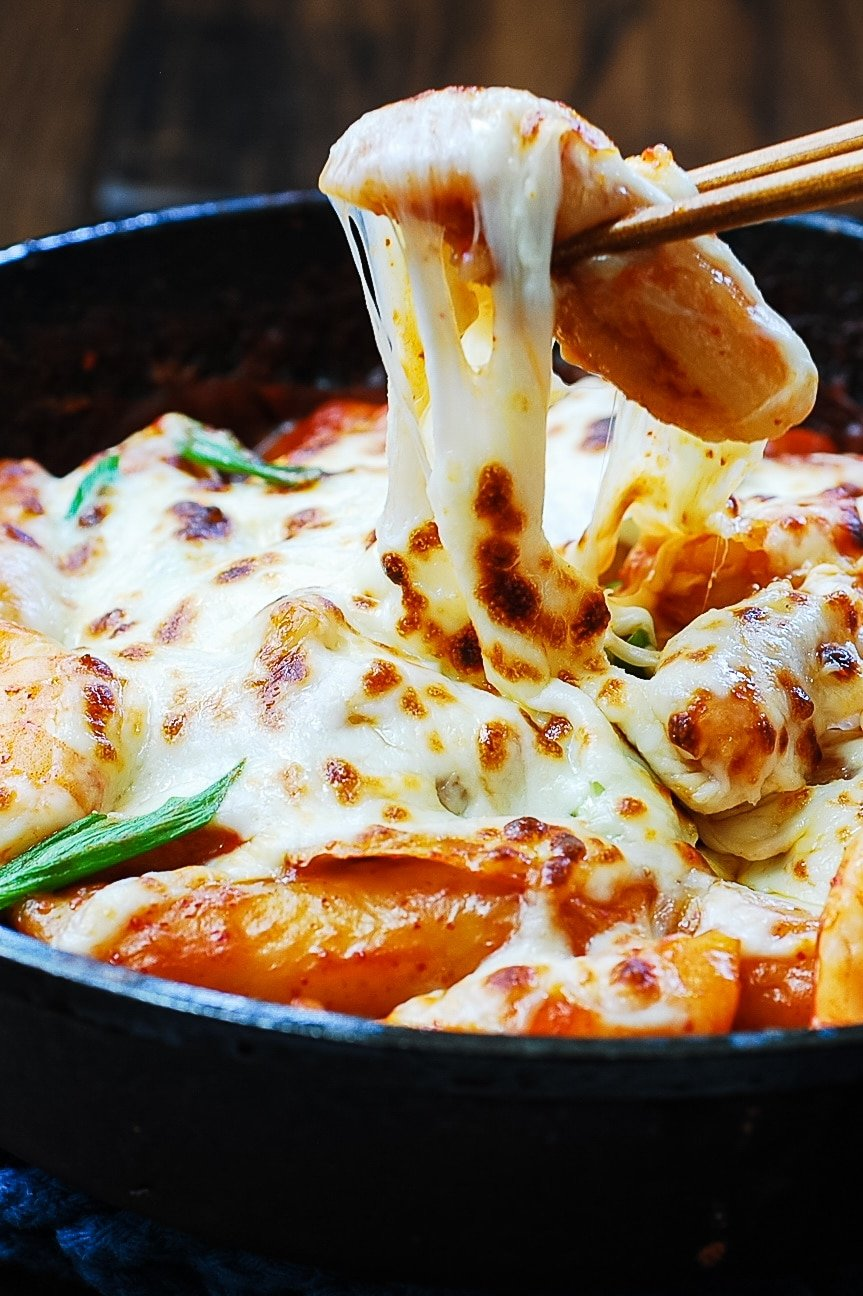 DSC 1863 1 - Seafood Cheese Tteokbokki (Spicy Rice Cake)
