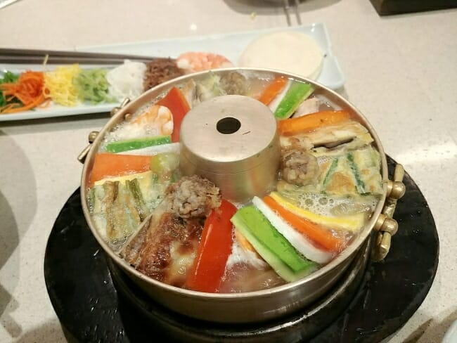 Sinseollo (Royal court hot pot)