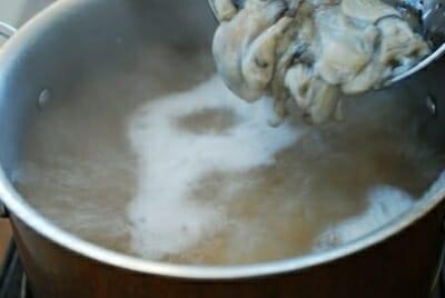 DSC 2706 e1515470462395 - Gul Tteokguk (Oyster Rice Cake Soup)