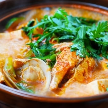DSC 2704 2 350x350 - Domi Maeuntang (Spicy Fish Stew with Red Snapper)