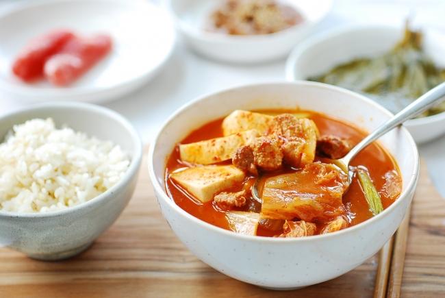 DSC 0321 e1539652341706 - Instant Pot Kimchi Jjigae (Stew)