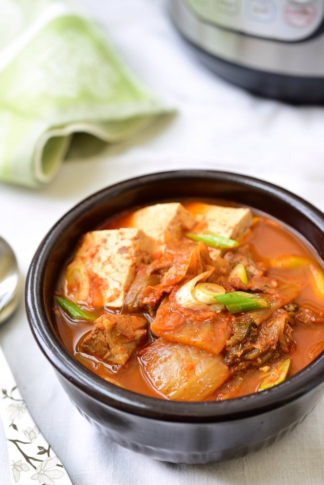 kimchi stew with tofu and port in the Instant Pot