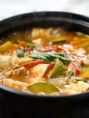 Korean soybean paste stew with pork and tofu