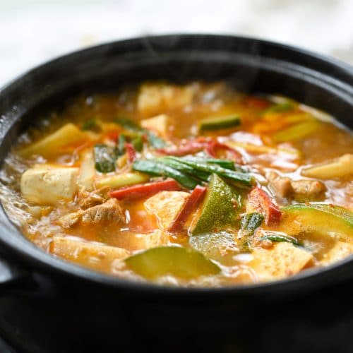 Korean soybean paste stew with pork and tofu