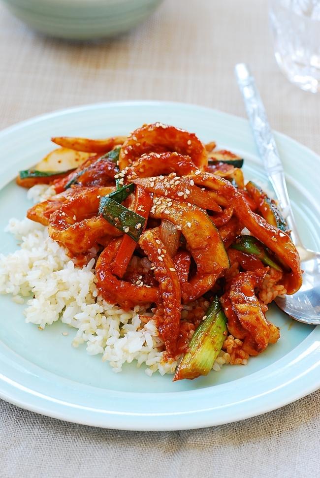 DSC 0048 e1543897950986 - Ojingeo Bokkeum (Korean Spicy Stir-fried Squid)