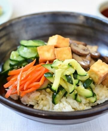 Korean rice bowl with tofu and vegetables