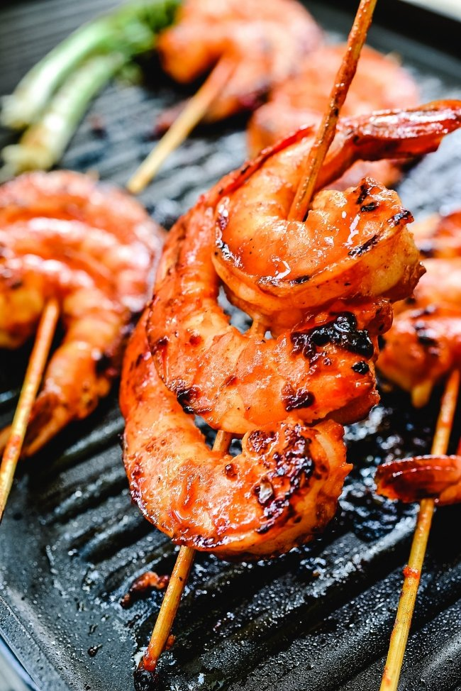 DSC 4165 e1561399976697 - Spicy Grilled Shrimp Skewers (Gochujang Saewu Gui)