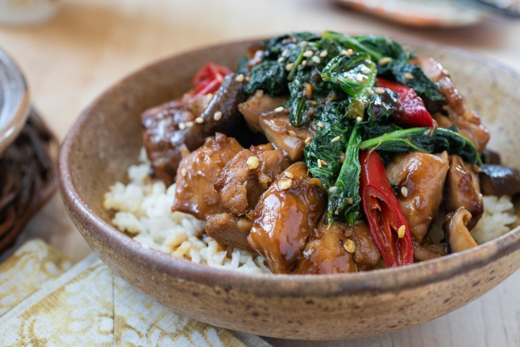 Chicken Stir Fry with Kale and Mushrooms