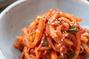 Korean spicy radish salad