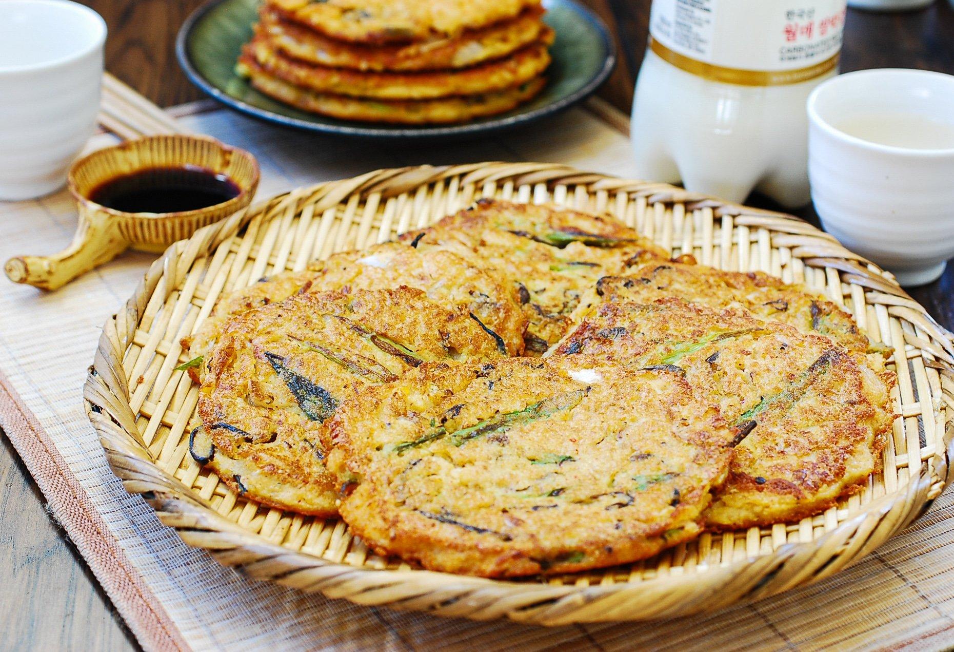 DSC 2824 - Nokdujeon (Mung Bean Pancakes)