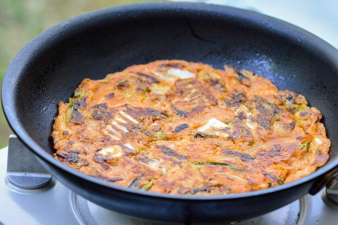 DSC9188 2 e1618768930152 - Kimchijeon (Kimchi Pancake)