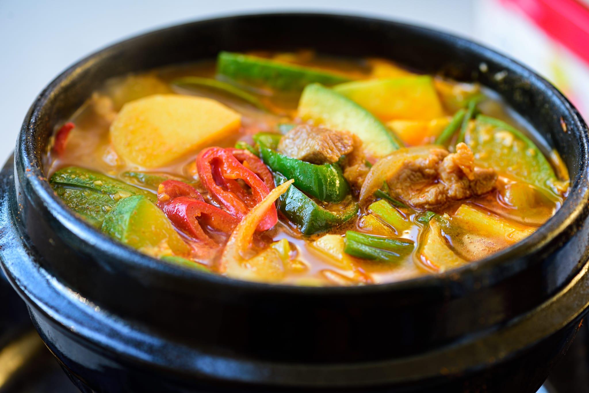 DSC2531 - Gochujang Jjigae (Gochujang Stew with Zucchini)