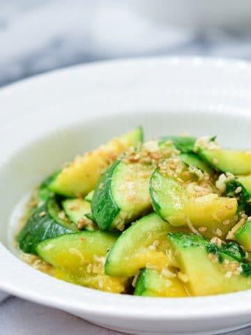 Stir-fried zucchini side dish