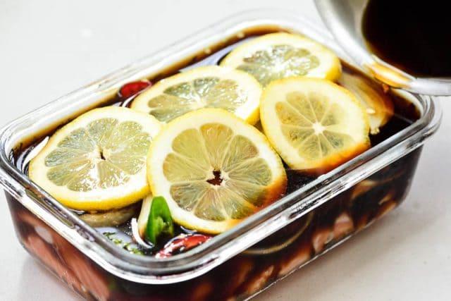DSC1877 640x427 - Yeoneojang (Soy Marinated Raw Salmon)